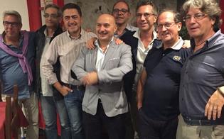 http://www.seguonews.it/caltanissetta-amarcord-di-scuola-dopo-45-anni-insieme-gli-alunni-della-santa-lucia