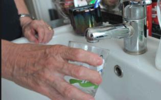 https://www.seguonews.it/acqua-a-giorni-alterni-in-alcune-zone-di-caltanissetta-disagi-per-gli-utenti-ridotta-la-distribuzione-idrica