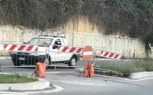 Caos in via Costa, sceso limite velocità e riaperta rotatoria. Petrantoni: