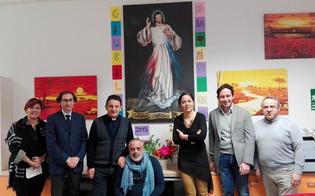 Caltanissetta, una tela raffigurante Gesù Misericordioso donata da padre Giambra ai giovani dell'Ipm