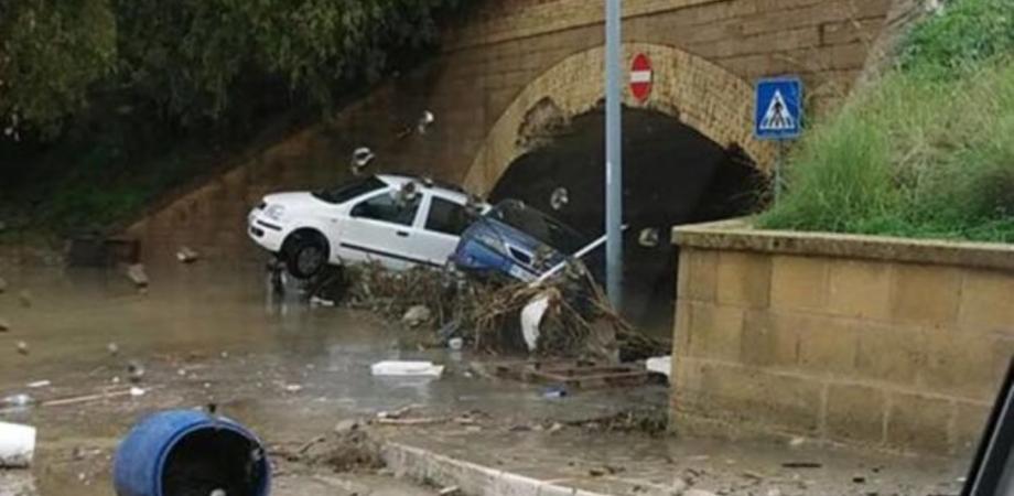 Alluvioni, la Regione avvia oltre 40 cantieri per pulire fiumi e torrenti: interventi anche a Caltanissetta