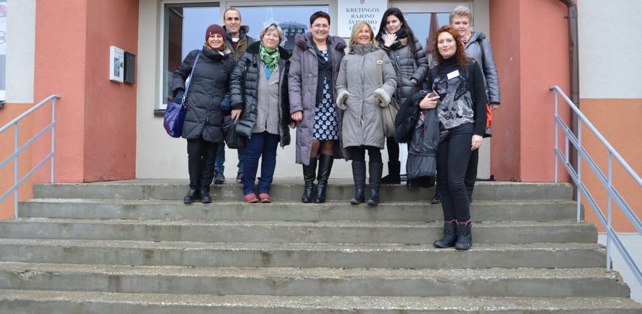 """Caltanissetta, insegnanti dell'Ipsia """"Galilei"""" in Lituania per progetto su sport e alimentazione"""