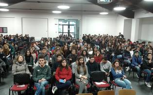 Caltanissetta, sfida a colpi di smartphone al Liceo Classico