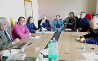 http://www.seguonews.it/rappresentati-sindacali-dei-medici-del-territorio-tutta-la-sicilia-si-incontrano-caltanissetta-istituire-percorsi-comuni