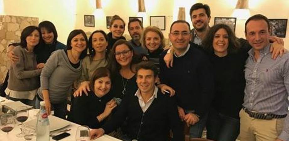 Caltanissetta, i ragazzi della V A del Liceo Classico tutti insieme dopo 23 anni