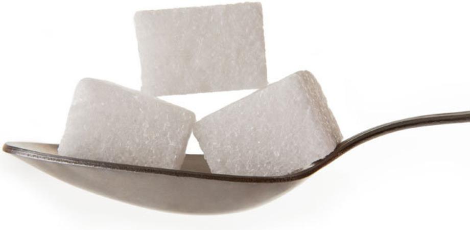 Abbuffate natalizie, attenti allo zucchero: in media ne assumeremo 145 cucchiaini in 5 giorni