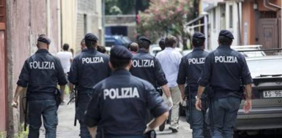 Muore 25enne e scoppia rivolta in un centro di accoglienza di Venezia: operatori bloccati per ore