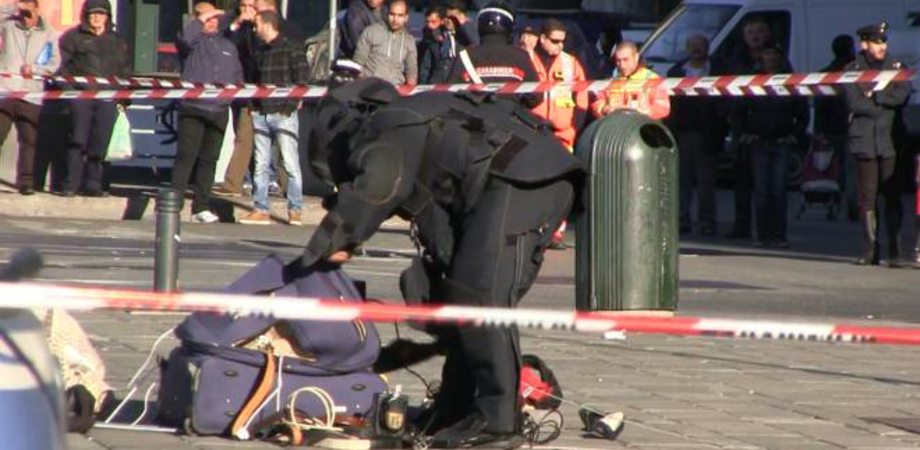Allarme bomba a Palermo, valigia sospetta ritrovata in via Francesco Crispi