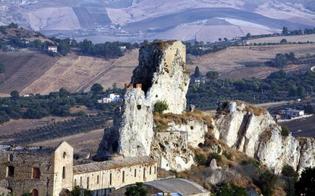 http://www.seguonews.it/caltanissetta-lassessore-campione-un-anfiteatro-antico-sorgera-nellarea-del-castello-pietrarossa