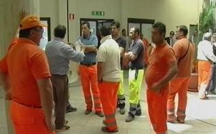 http://www.seguonews.it/caltanissetta-ancora-malumori-dipendenti-ato-oggi-riuniti-assemblea