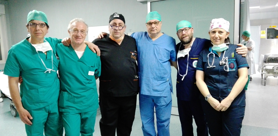Caltanissetta, gozzo gigante: straordinario intervento all'ospedale Sant'Elia