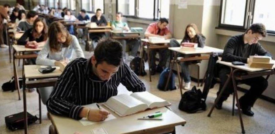 Maturità: latino al Classico, Matematica allo Scentifico. La prova di italiano il 21 giugno