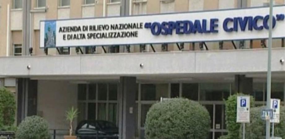 Palermo, asciugacapelli va in cortocircuito: diciottenne ustionata ricoverata in gravi condizioni