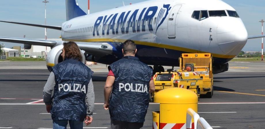 Caltanissetta: espulsi 20 cittadini tunisini entrati in Italia clandestinamente