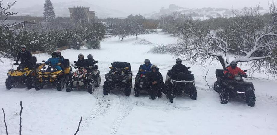 """A San Cataldo misure """"anti-neve"""" al top: sindaco e cittadini insieme garantiscono sicurezza e viabilità"""