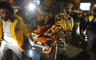 https://www.seguonews.it/strage-istanbul-39-morti-69-feriti-sfuggire-ai-terroristi-clienti-si-gettano-nelle-acque-gelide-del-bosforo
