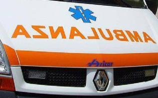 San Cataldo: 58enne travolto da un'auto senza conducente, trasportato al Sant'Elia