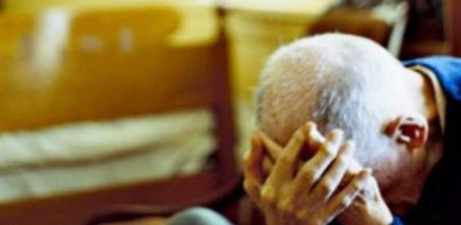 Caltanissetta, liti per le proprietà: 80enne picchiato e minacciato dal figlio