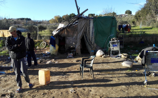 http://www.seguonews.it/caltanissetta-vita-nella-baraccopoli-rifiuti-degrado-sperando-un-futuro-migliore