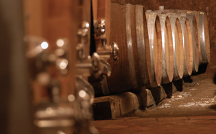 https://www.seguonews.it/caltanissetta-furto-unabitazione-campagna-ladri-portano-via-olio-vino