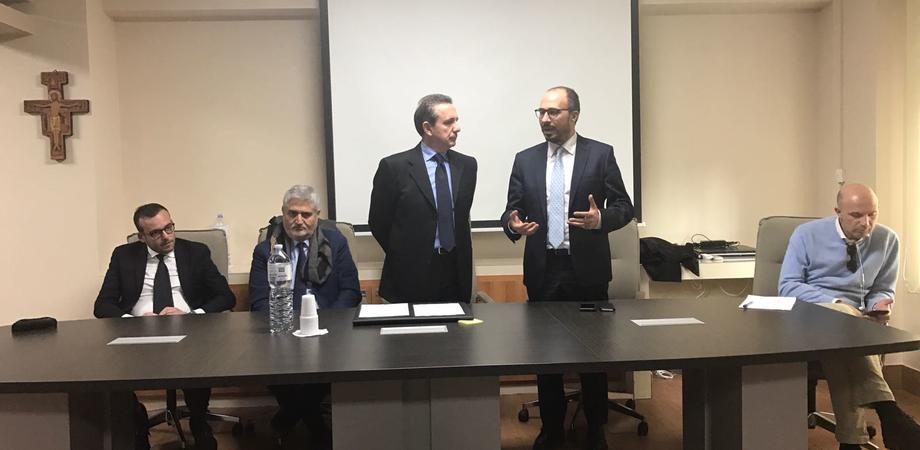 Caltanissetta, Davide Faraone all'Ordine dei Medici: tutelare gli operatori sanitari per garantire qualità