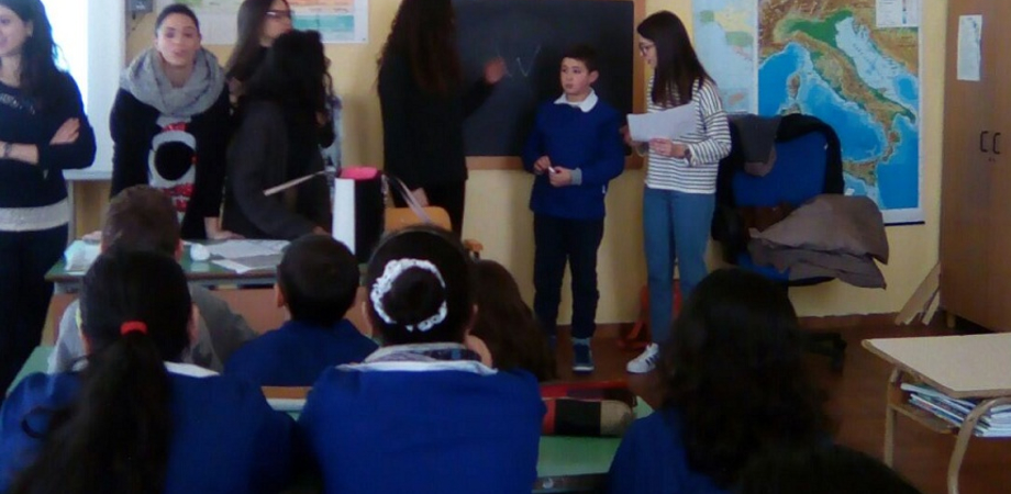 """Caltanissetta, al liceo """"Ruggero Settimo"""" atelier ludici in lingua francese"""