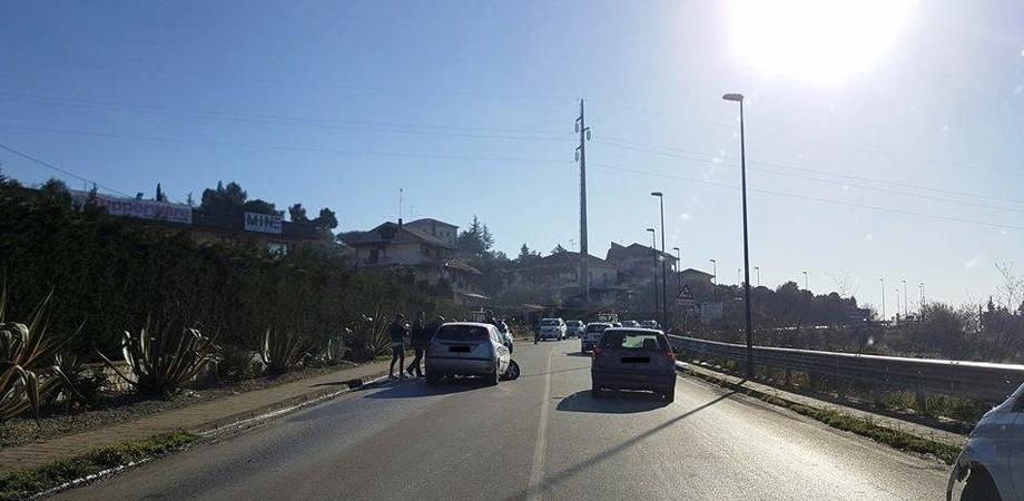 Caltanissetta, incidente in via Due Fontane: traffico rallentato per oltre un'ora