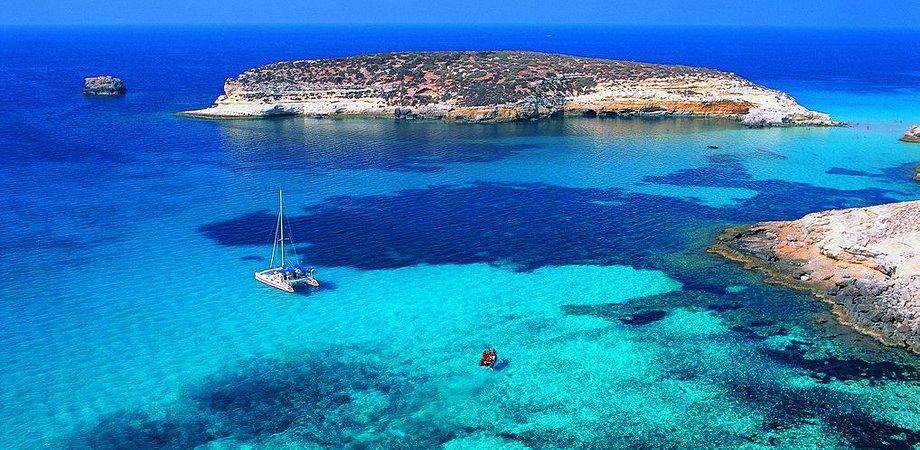 Lampedusa riconquista la vetta: è l'isola più bella d'Italia. Al 4° posto c'è Favignana
