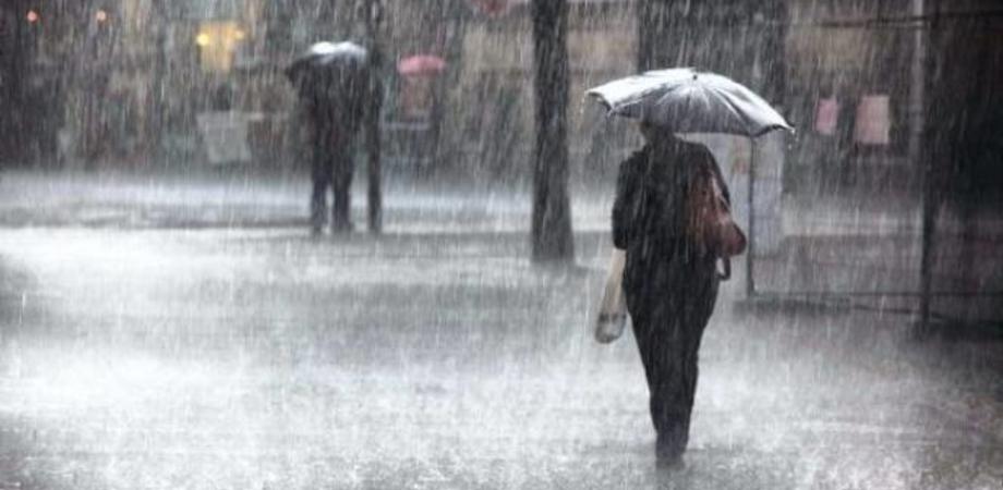 Temporali e vento freddo, da domani torna il maltempo in Sicilia. E' allerta gialla