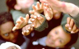 http://www.seguonews.it/mussomeli-arrivo-12-migranti-minorenni-scoppiano-proteste-fobia-collettiva