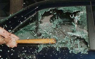 https://www.seguonews.it/caltanissetta-distrutti-finestrini-delle-auto-un-31enne-indaga-la-polizia
