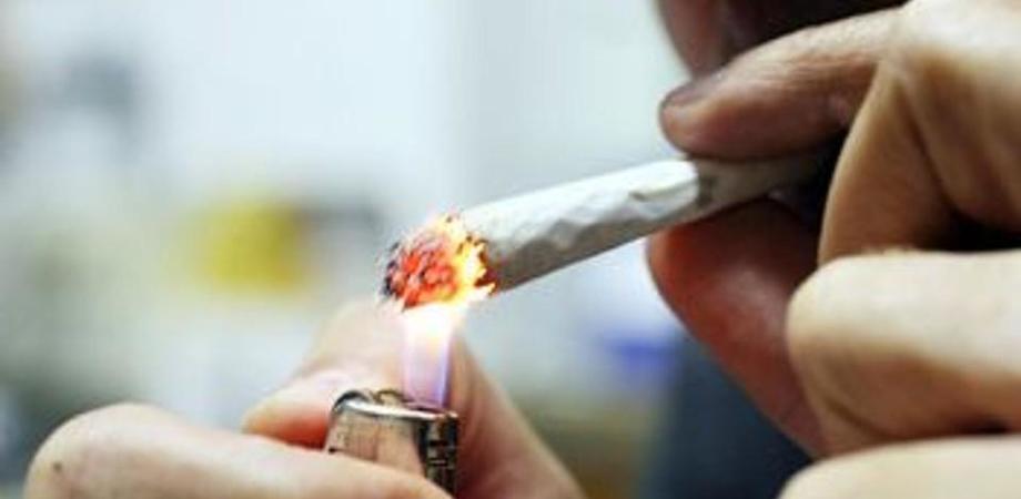 Caltanissetta, guida sotto l'effetto di sostanze stupefacenti: 37enne denunciato