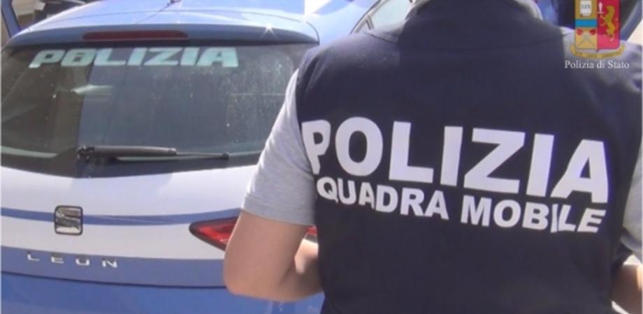 Caltanissetta, anziana rapinata e picchiata: due nisseni arrestati dalla Mobile