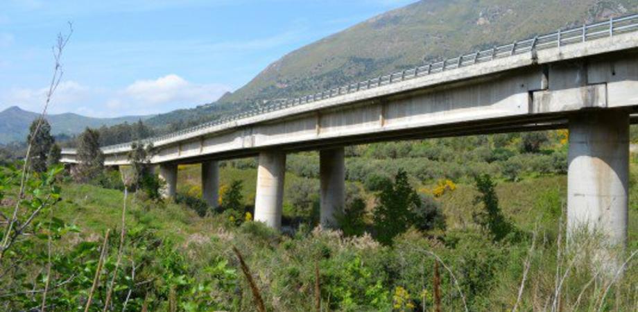 Caltanissetta, viadotto San Giuliano ancora chiuso: forse una frana sotto i piloni
