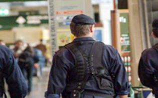 http://www.seguonews.it/catania-bomba-allaeroporto-pacco-diretto-negli-stati-uniti
