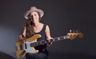 https://www.seguonews.it/caltanissetta-al-michele-abbate-concerto-della-bassista-polacca-kinga-glyk