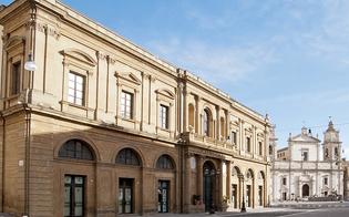 https://www.seguonews.it/caltanissetta-affidato-alla-real-maestranza-ai-ragazzi-dellipm-restauro-della-sala-gialla
