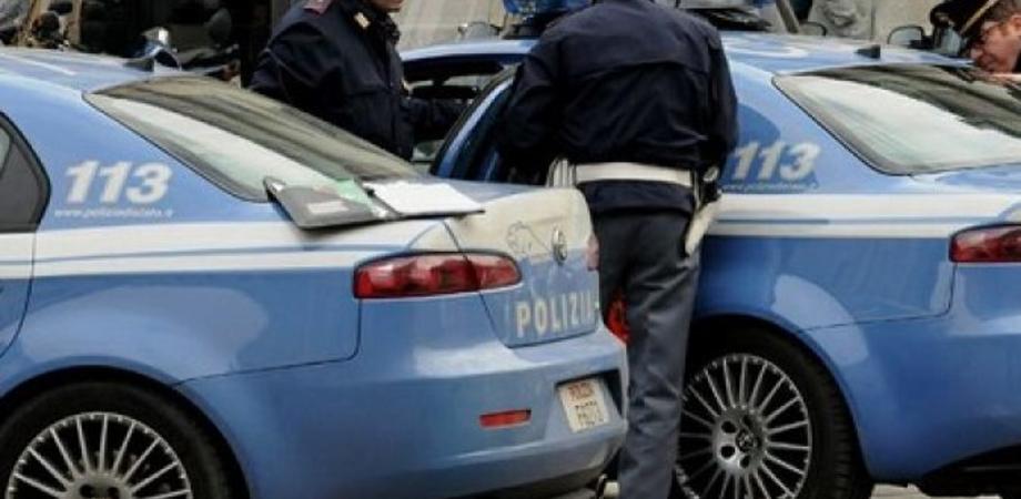 Caltanissetta, calci e pugni ai genitori e alla sorellastra: 21enne nisseno arrestato