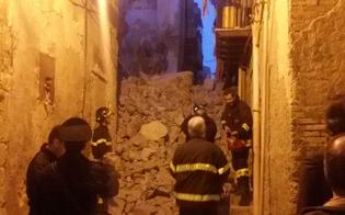 https://www.seguonews.it/caltanissetta-crollo-un-tetto-nel-quartiere-provvidenza-sul-posto-vigili-del-fuoco