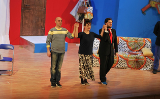 http://www.seguonews.it/caltanissetta-strepitoso-successo-de-iltriangolonotrio-sul-palco-professione-falsi-invalidi