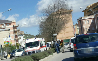 https://www.seguonews.it/caltanissetta-scivola-sullo-spartitraffico-si-ferisce-60enne-trasportato-ospedale