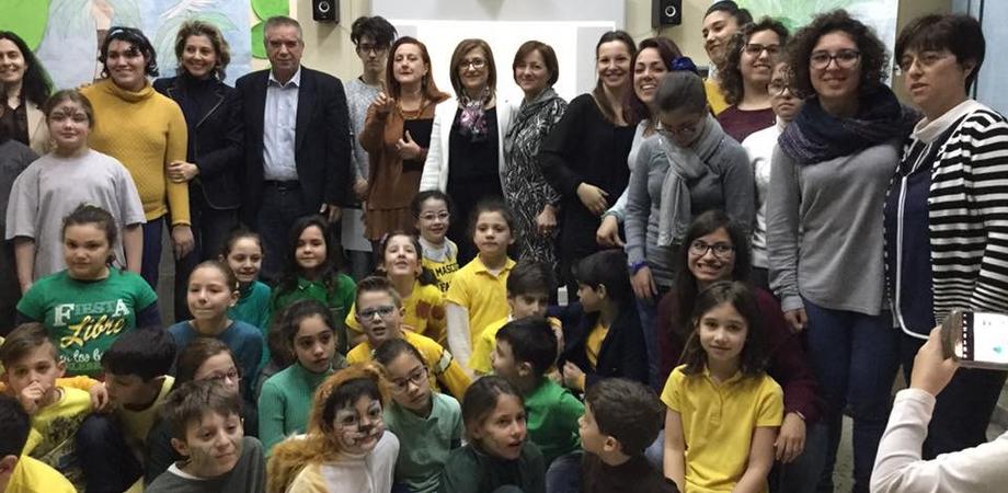 """Caltanissetta, per gli studenti del """"Manzoni"""" alternanza scuola-lavoro con i bimbi della """"Caponnetto"""""""