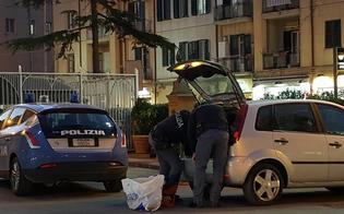 http://www.seguonews.it/caltanissetta-marijuana-hashish-auto-studente-22enne-arrestato-dalla-polizia