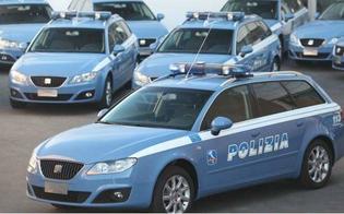http://www.seguonews.it/caltanissetta--accesa-lite-in-una-scuola-sul-posto-tre-volanti-dell-polizia