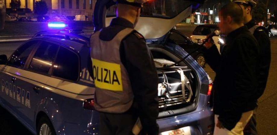 Caltanissetta, ubriaco al volante guidava a zigzag per via Borremans: 30enne denunciato