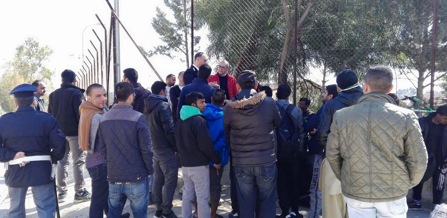 Caltanissetta, Pian del Lago: sgomberata baraccopoli, richiedenti asilo protestano