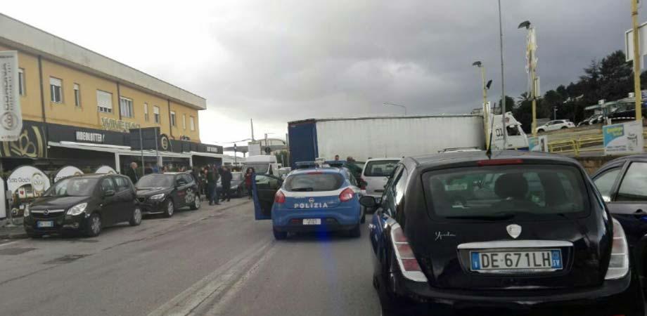 Caltanissetta, TIR bloccato: traffico in tilt in viale Luigi Monaco
