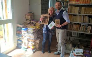 Delia, un cittadino ha donato 700 libri alla biblioteca comunale del paese