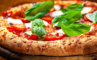http://www.seguonews.it/amministrative-caltanissetta-gambino-un-giro-di-pizza-a-sostegno-della-campagna-elettorale