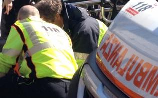 Caltanissetta, investito mentre camminava con le stampelle: 80enne in ospedale